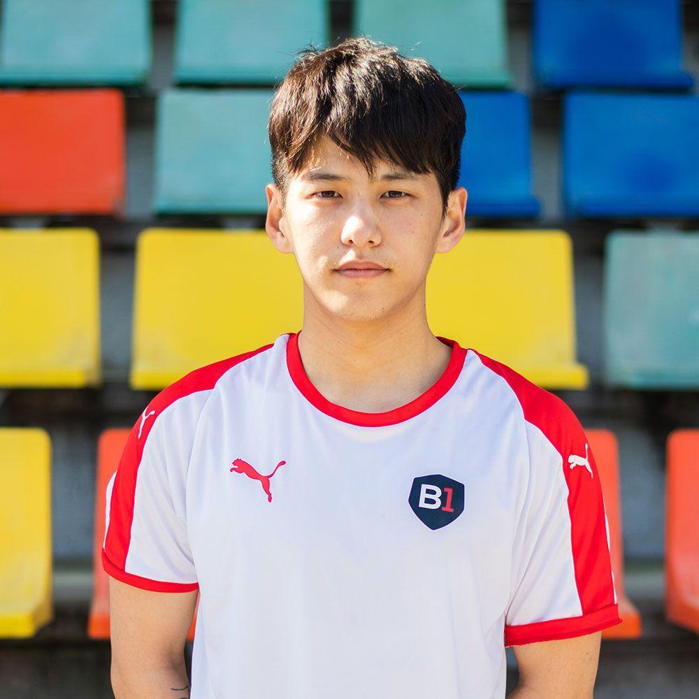 KIM HOYONG