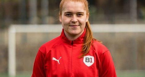 Welcome back, Simone Hofer!